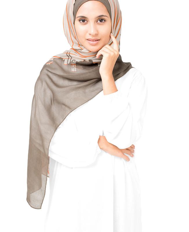 String Pine Bark Hijab