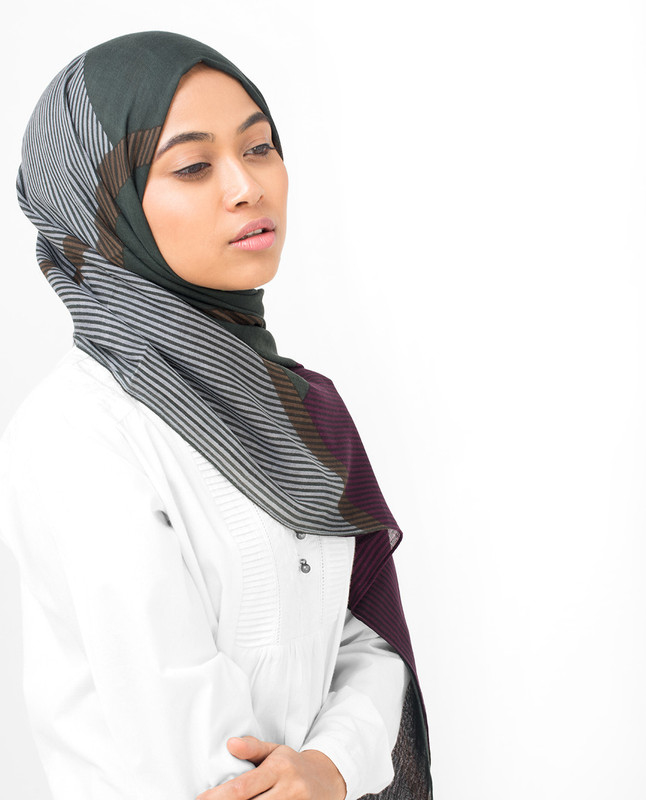 Lines Of Blocks Viscose Hijab