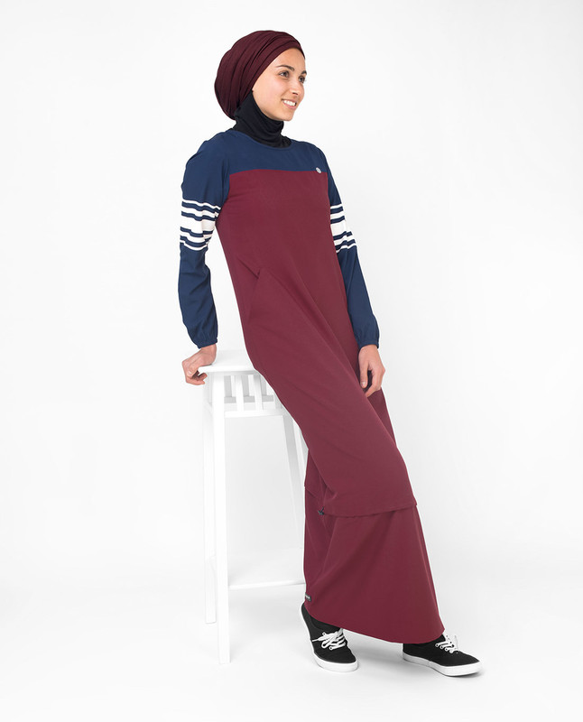 Red & Navy Stripe Print Jilbab