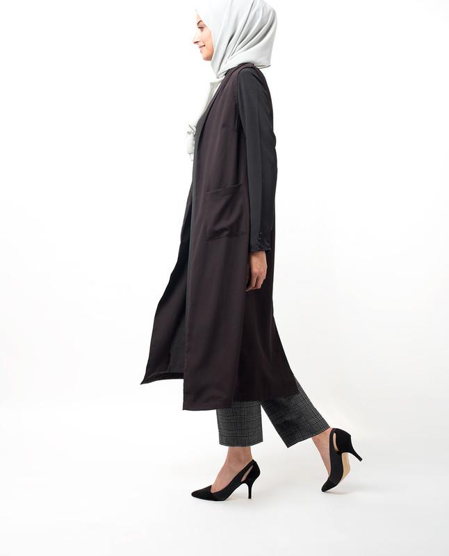 Deep Plum Sleeveless Summer Outerwear