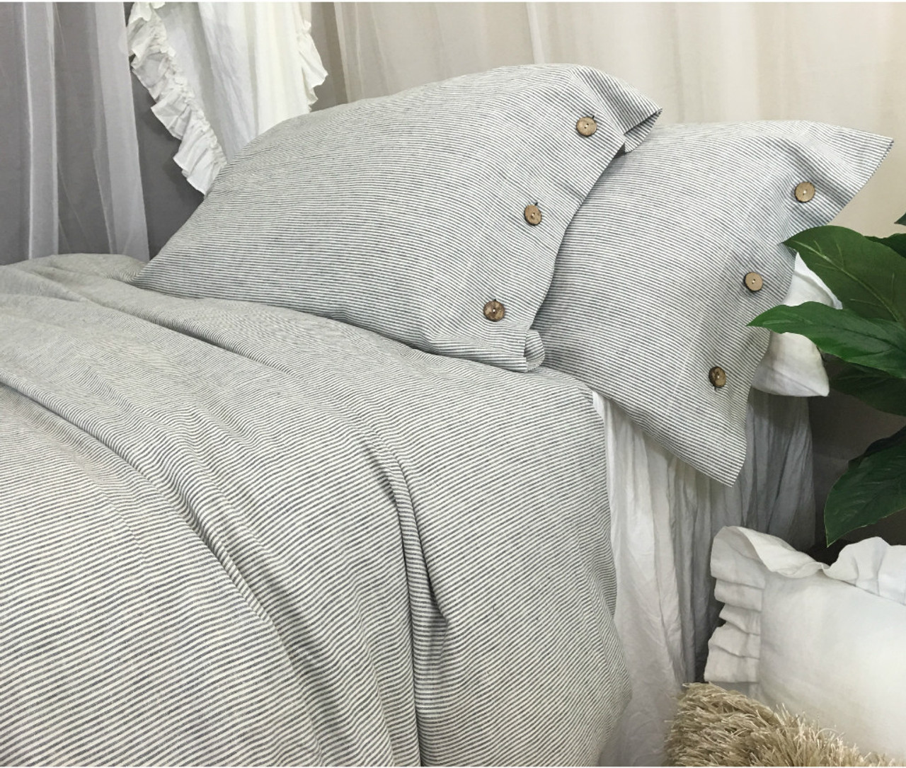 Awesome Subtle Black And White Ticking Striped Duvet Cover With Wooden Button  Closure