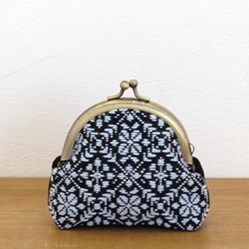 Kogin Kit  Purse K-37
