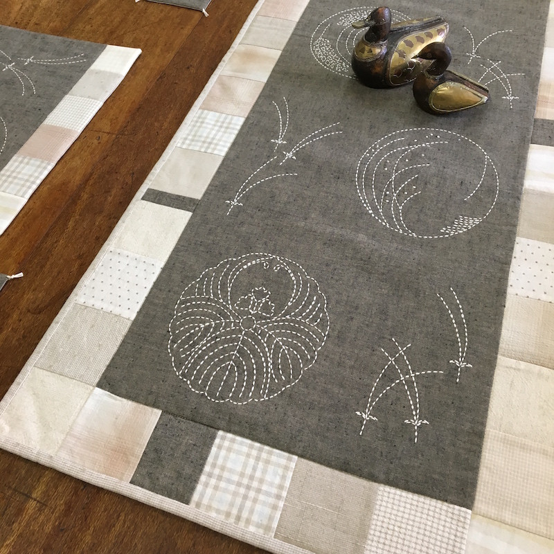Sashiko Kamon Table Runner/Wallhanging Kit (Putty Colour)