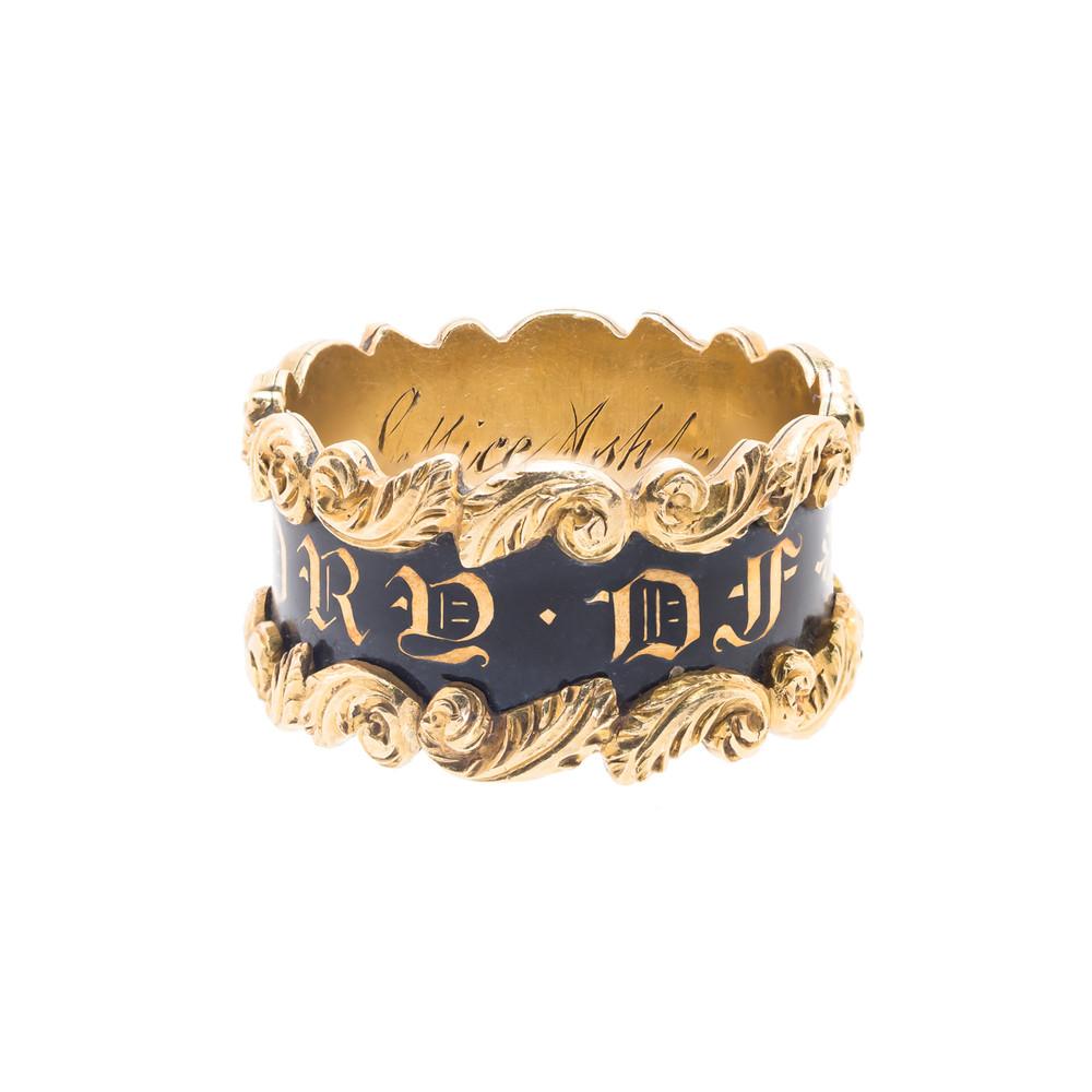 Antique Georgian Ring in 18 ct Gold