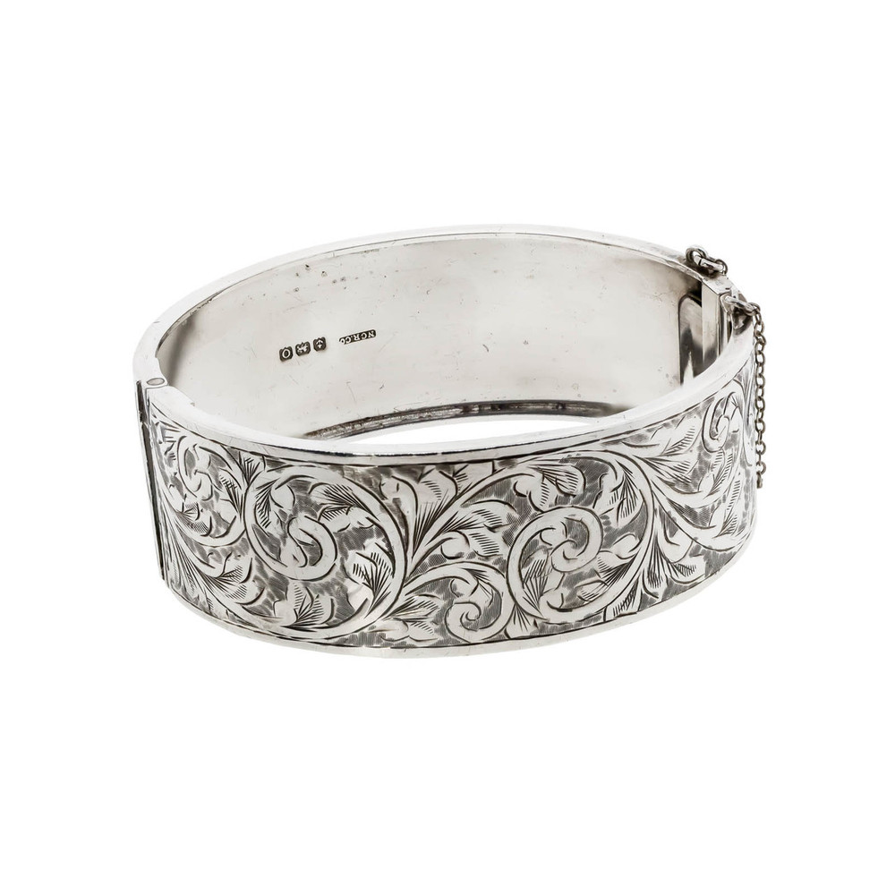 Antique Silver Bangle Bracelet Engraved with Foliage, Hallmarked 1913