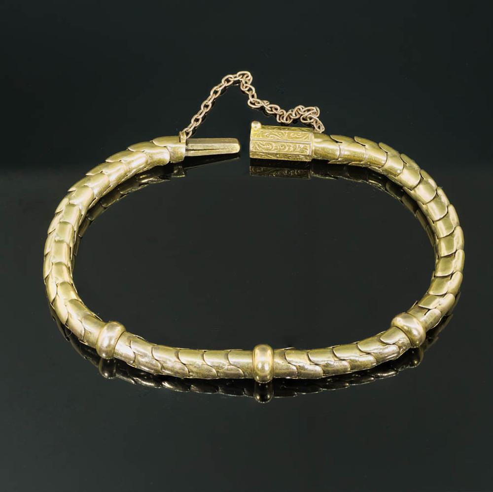 Antique Gold Link Bracelet in 15 kt Gold
