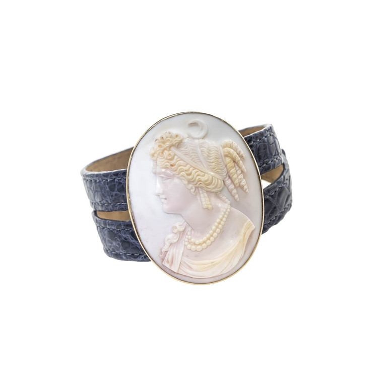 Antique Victorian Blue Cameo of Carved Shell with 14 Ct. Gold Surround