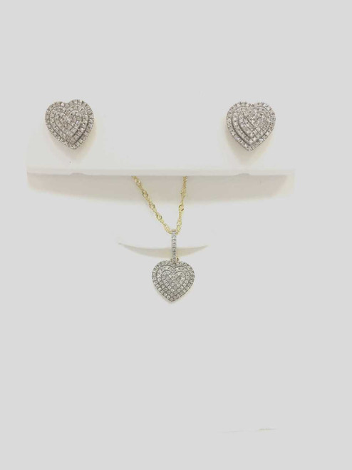 10K gold total 0.33ct diamonds pendant with chain and earrings
