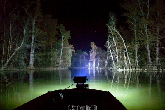 Duck boat led light with wide 12000 lumen southern lite led gen 12 boat lite build your own aloadofball Images