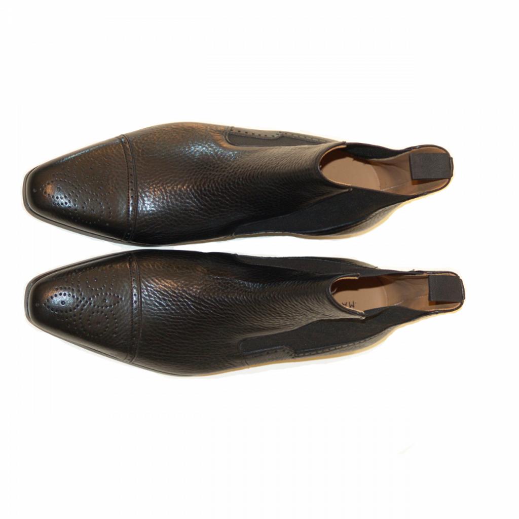 Magnanni Exclusive 6746 Perforated Cap Toe Chelsea Boot Black