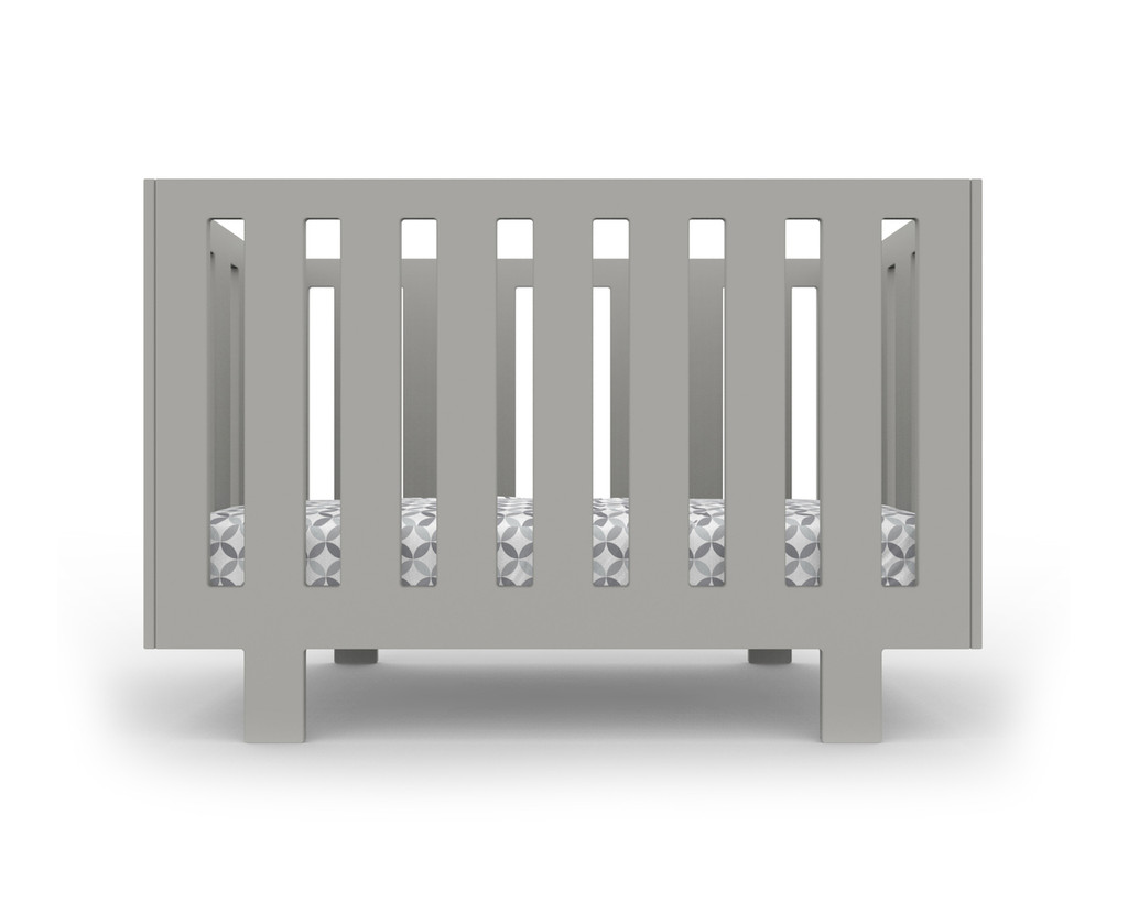 Eicho Crib in grey, shown with Tops Bedding
