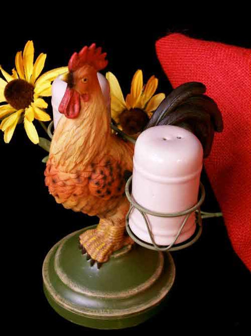 Rooster salt and pepper shaker set