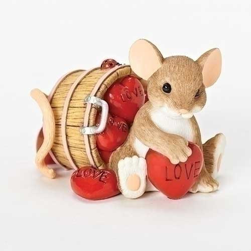 Charming Tails Valentine's Day mouse with candy hearts figurine
