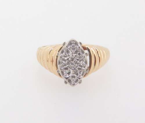 A beautiful 10k gold 0.45ct diamond cluster dress ring, val $1365