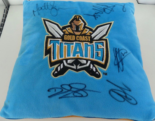 Gold Coast Titans signed supporters pillow. 6 hand signed signatures