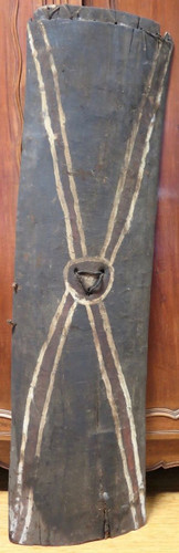 Huge Vintage 100% genuine PNG tribal wooden war shield, museum quality #6