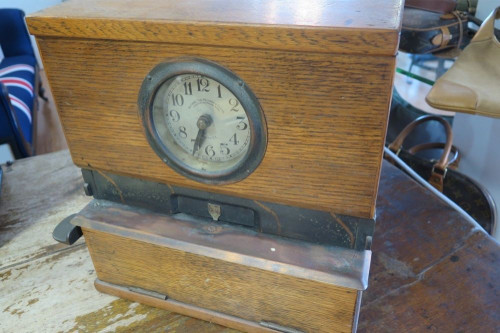 c1930's NATIONAL TIME RECORDER FOR CLOCKING IN - CLOCK FOR WORK PREMISES.