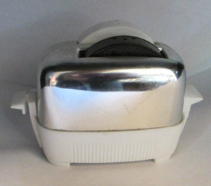 Toaster Salt and Pepper Shaker
