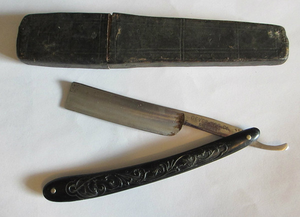 Devon MFG. Co. Germany Straight Razor
