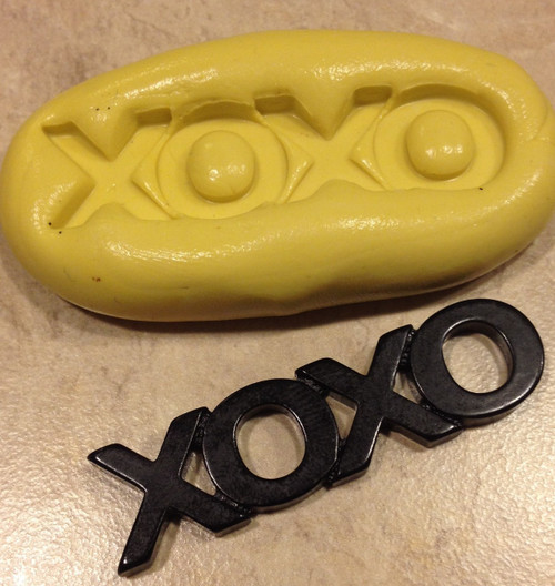 XOXO Word Mold Silicone