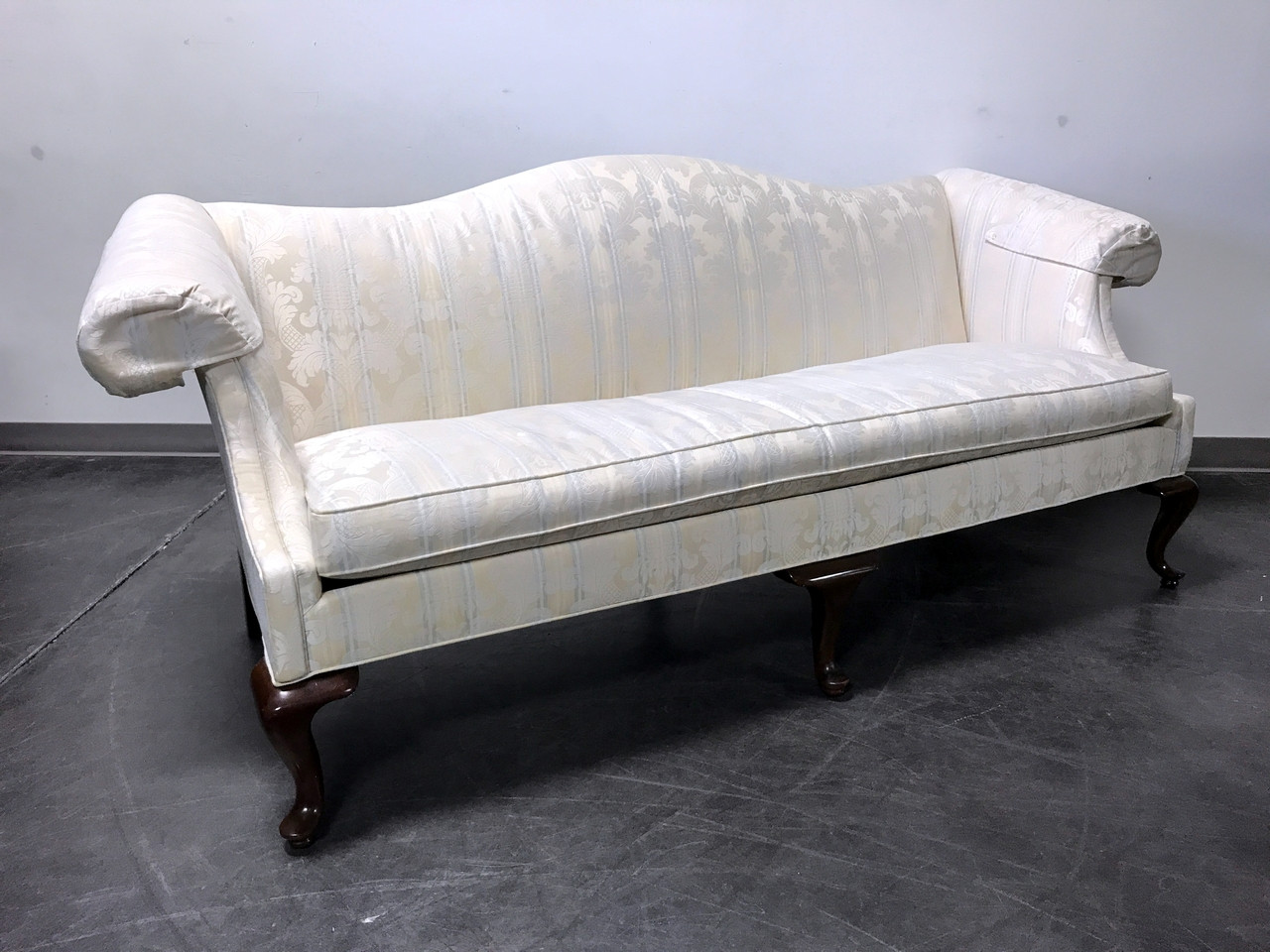 SOLD OUT   DREXEL HERITAGE Queen Anne Camel Back Sofa