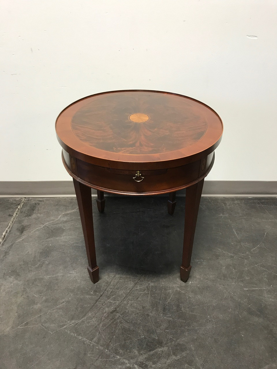 Charmant SOLD OUT   HEKMAN Copley Place Flame Mahogany Inlaid Banded Side End Table