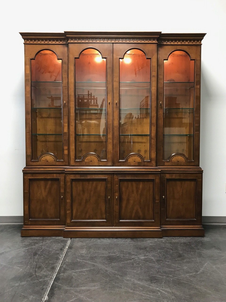 Delicieux SOLD OUT   HENREDON 18th Century Collection Inlaid Yew Wood Breakfront China  Cabinet