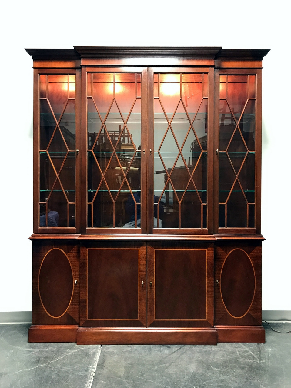 Superieur SOLD OUT   Historic Charleston Inlaid Mahogany Breakfront China Cabinet