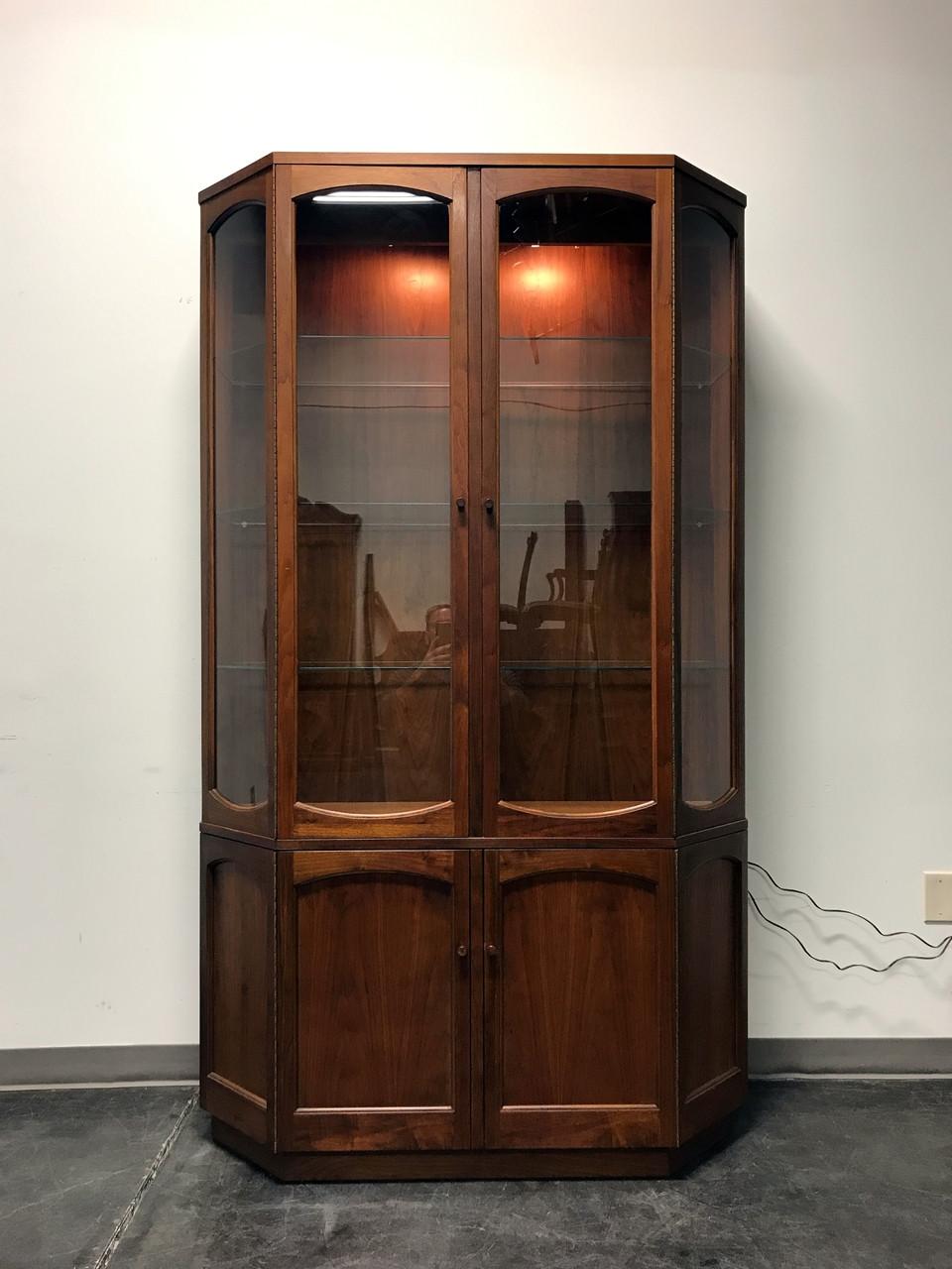 SOLD OUT   LANE Altavista Rhythm Walnut Mid Century Modern China Display  Cabinet