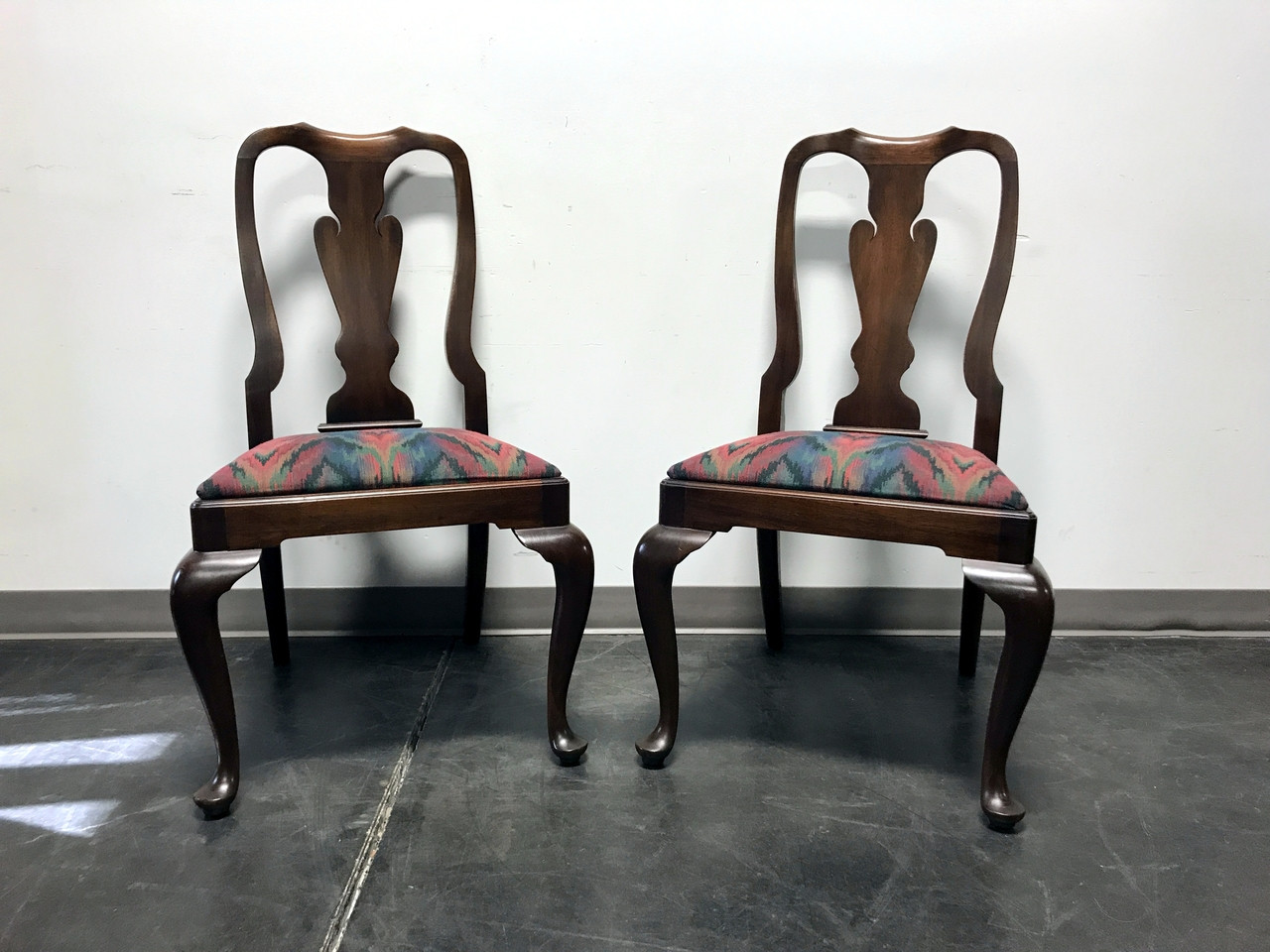 Sold out henkel harris solid mahogany queen anne dining side sold out henkel harris solid mahogany queen anne dining side chairs style 110s finish 29 dzzzfo