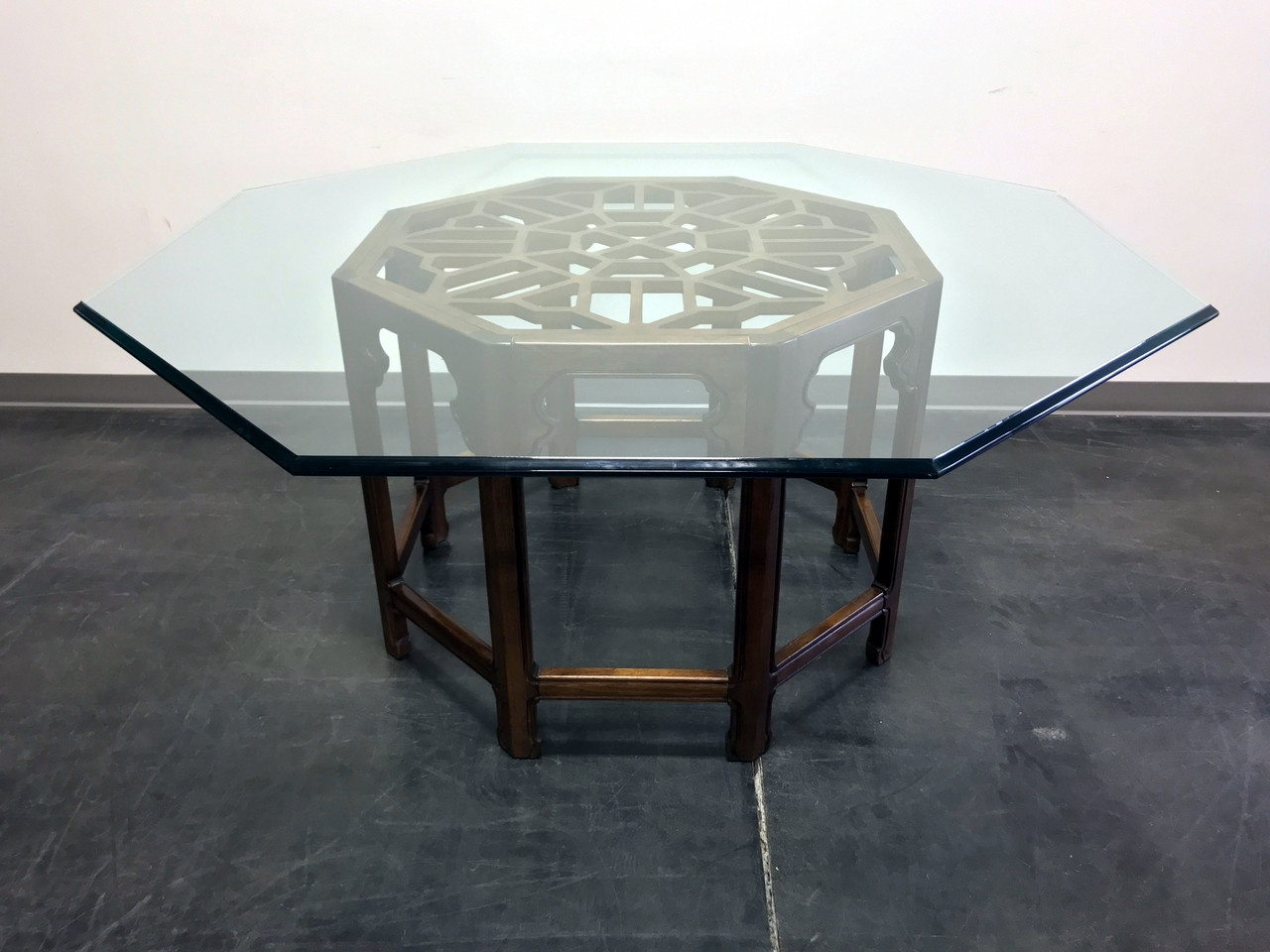 Delicieux SOLD OUT   THOMASVILLE Mystique Asian Chinoiserie Octagonal Glass Top  Dining Table