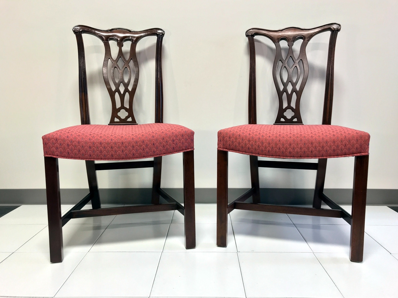 SOLD OUT   HICKORY CHAIR Mahogany Chippendale Straight Leg Dining Side  Chairs   Pair 3