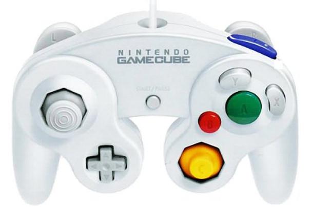 NINITENDO WHITE GAMECUBE CONTROLLER