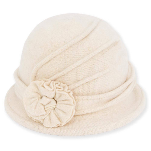 Soft Wool Cloche I Ivory
