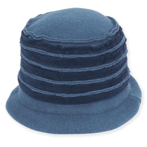 Soft Wool Cloche I Blue