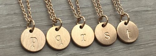 Lowercase Necklace from p to t in Rose Gold