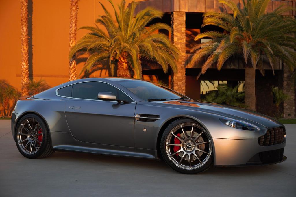 Aston Martin Titanium Closed Ended Lug Nut Set