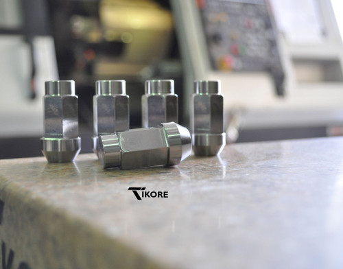 Jeep Titanium Lug Nut Set