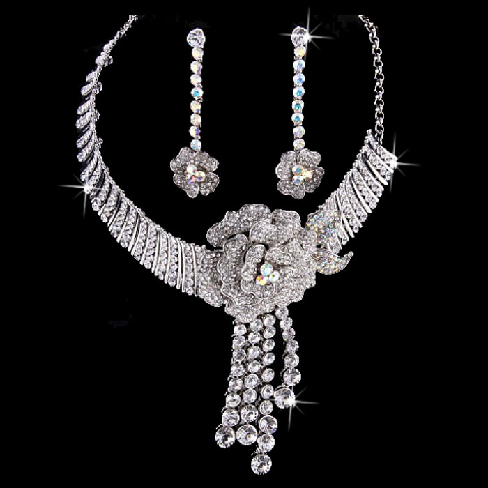 Bridal Wedding Jewelry Set  Crystal Rhinestone Stunning Beautiful Floral Silver