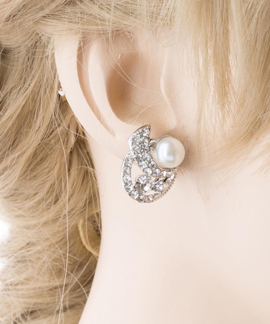 Bridal Wedding Jewelry Crystal Rhinestone Pearl Simple Stud Earrings Silver