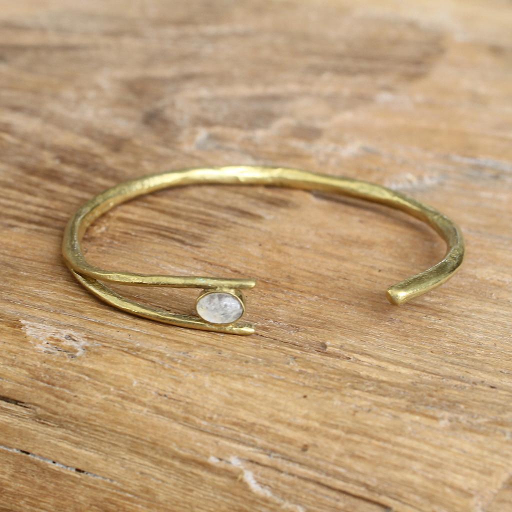 Brass/Moonstone
