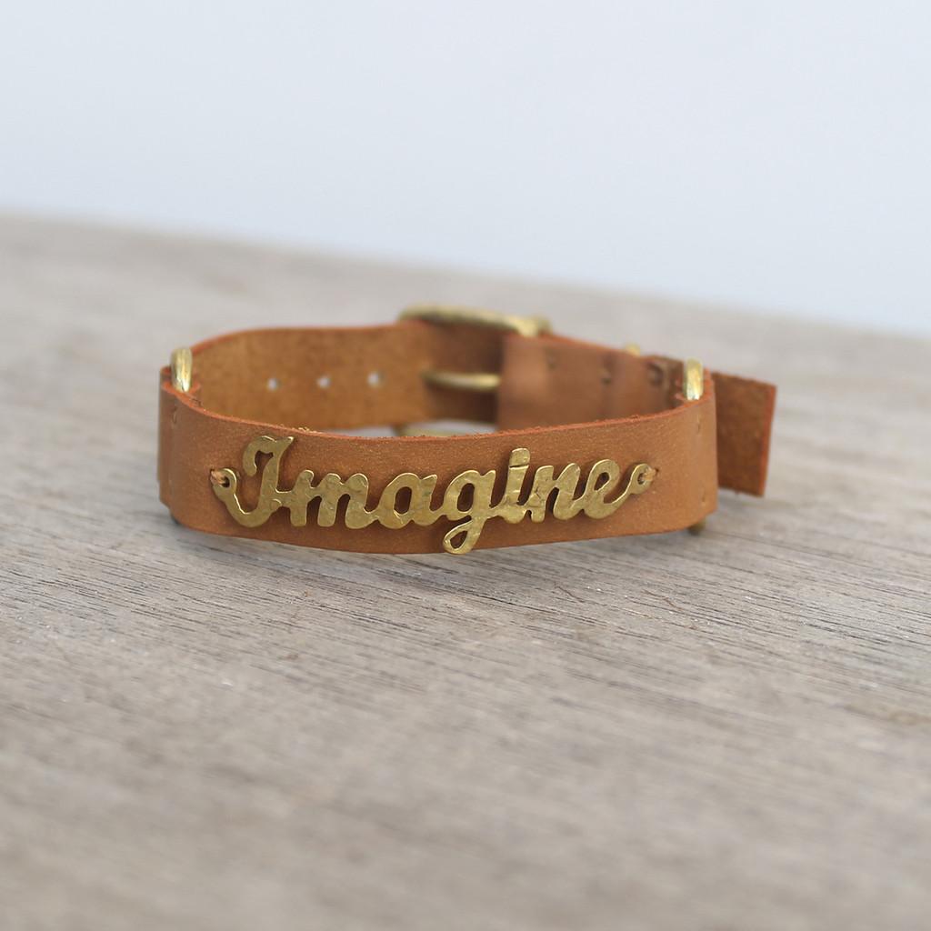 Caramel leather bracelet with brass IMAGINE detail