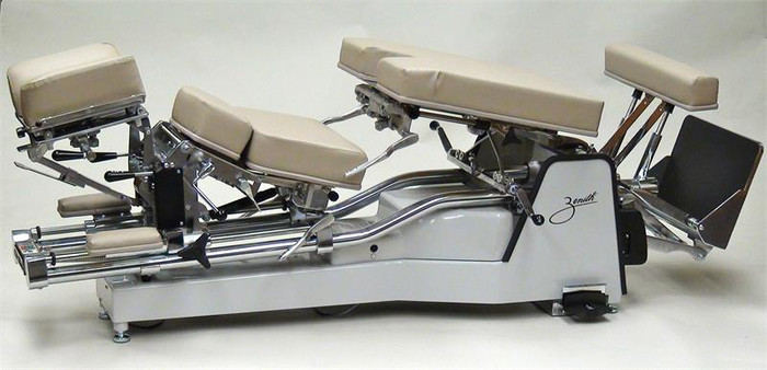 New Zenith 225 Hylo Chiropractic Table (High Low)