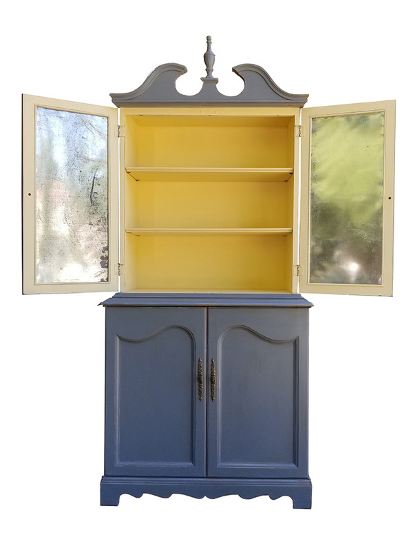 Federal Hutch in gray and black with metal Insets top open view