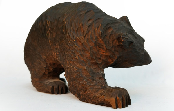 Black Forest bear Side