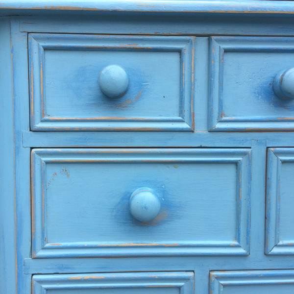 Country Blue Dresser detail