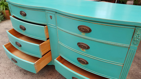 Double Bowfront Sheridan Style Dresser