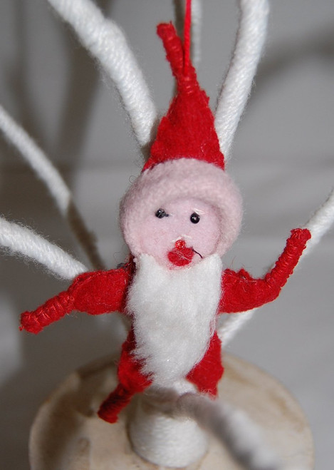 "Santa in felt, quilted and handmade 3"" set of 3 pieces. Red hanging ornament."