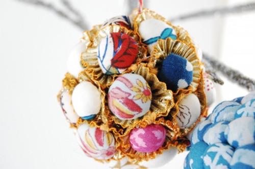 Ball-Bunch-Christmas-Ornament-203015