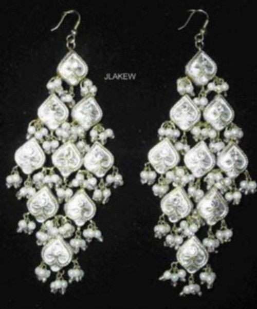 Lak Earrings Large White JLAKE9W